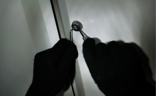Picking file cabinet lock with paper clips, how to pick lock with paper clip