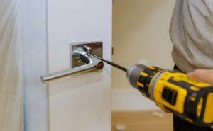 door handle screw