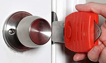 portable door locks for locking the door without a lock