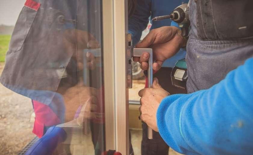 How Door Knobs Work - Door Knob Mechanism